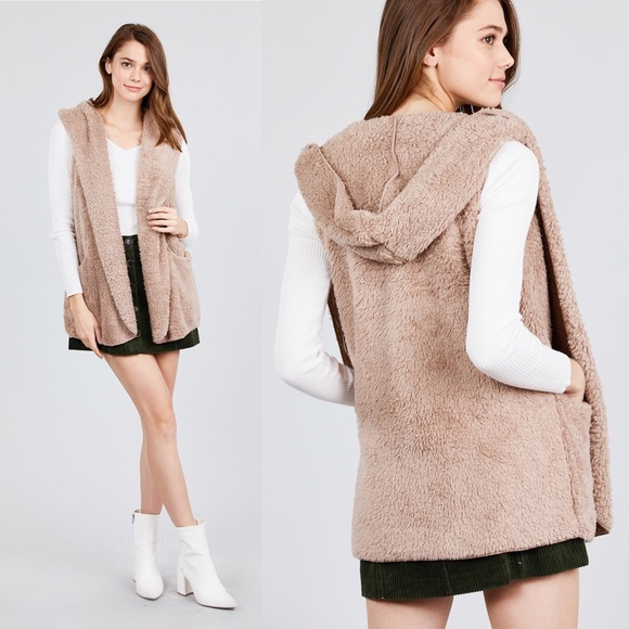 Active USA Jackets & Blazers - NEW S,M Fuzzy Hooded Vest w/Pockets Taupe